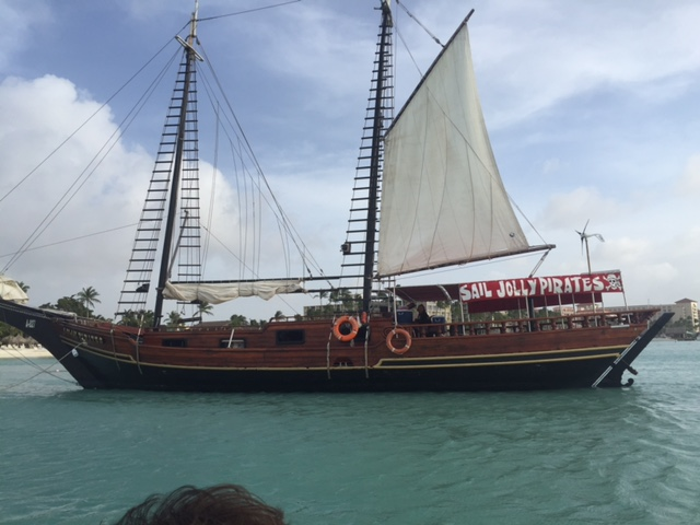 Jolly Pirates: Sip & Sail In Aruba!